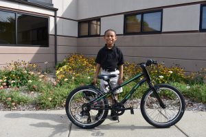 Bike Winner.Lamar Burton.Priority Health 091217 (2)